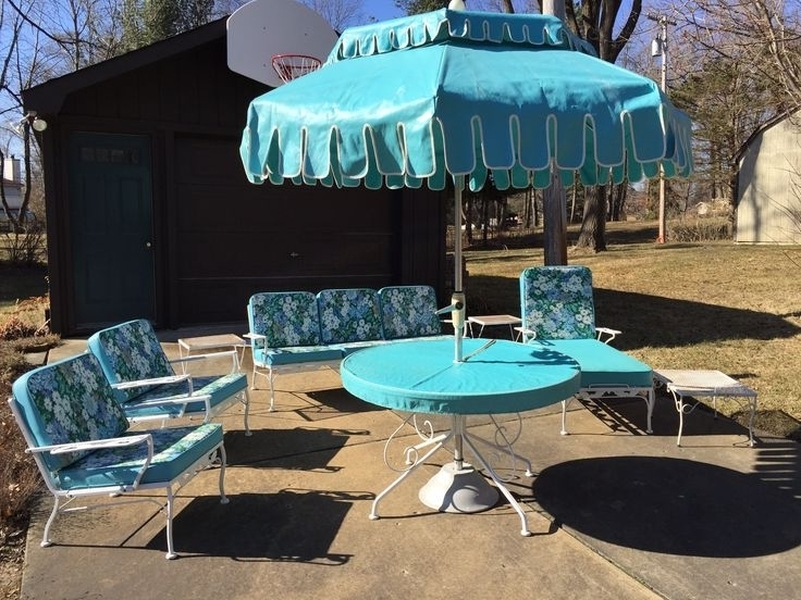 Lynn Harpell (Lynnharpell) On Pinterest For Most Recent Vintage Patio Umbrellas For Sale (View 7 of 15)