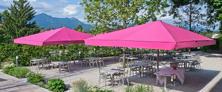 Most Current Jumbo Patio Umbrellas Regarding Large Commercial Patio Umbrellas (View 1 of 15)