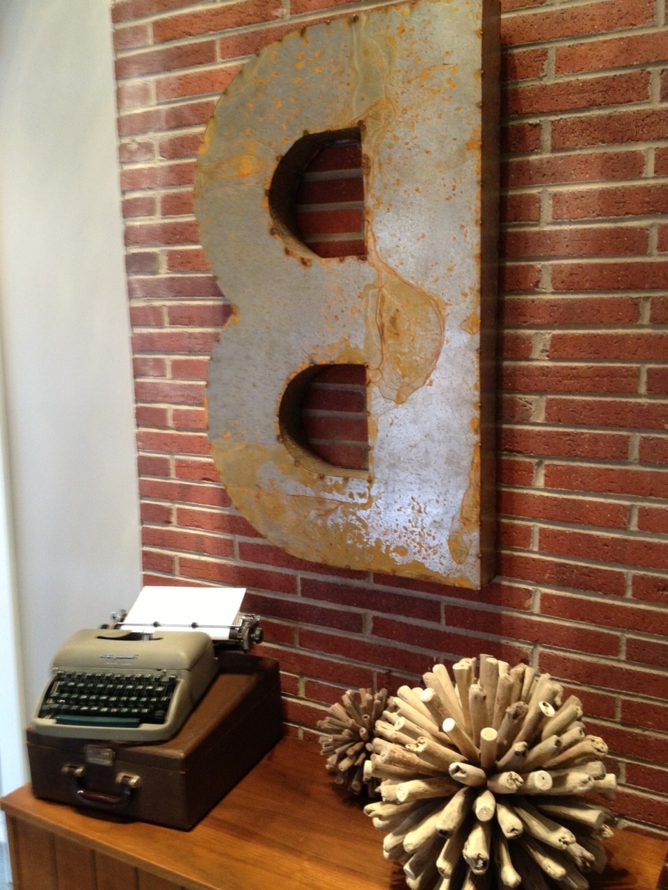 Most Current Metal Letter Wall Art With Regard To 42 Metal Letter Wall Art, Vintage Distressed Metal Sign Letter G (View 8 of 15)
