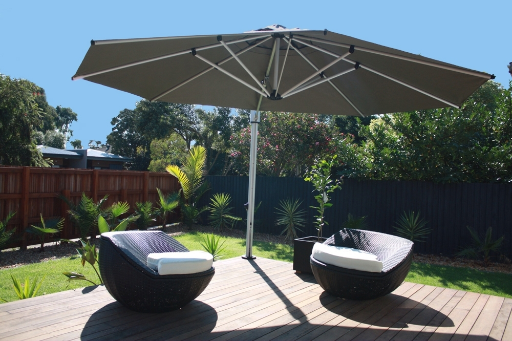 Most Recent Eclipse Patio Umbrellas Inside 4M Oct Eclipse Cantilever Umbrella – Instant Shade Umbrellas (View 10 of 15)