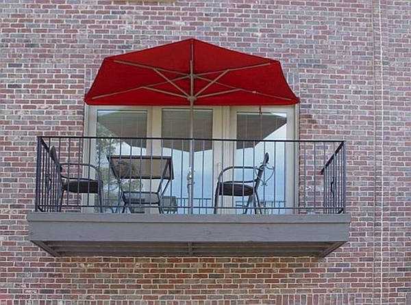 Small Patio Umbrellas Intended For Popular Small Apartment Tables, Small Outdoor Umbrellas Small Patio (View 14 of 15)