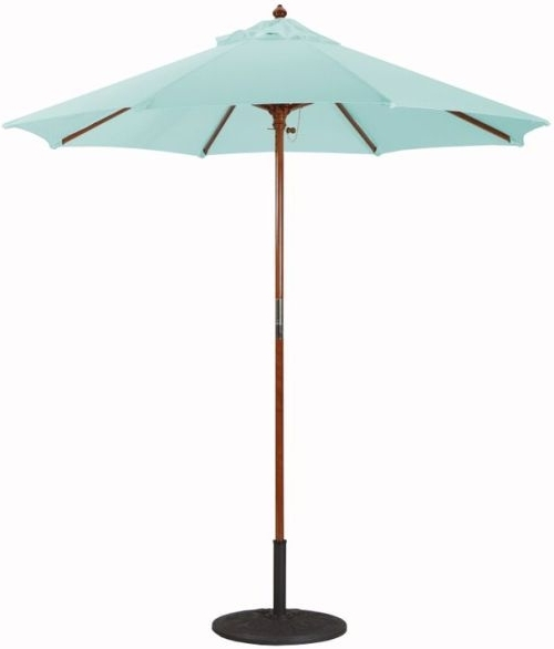 Sunbrella Patio Umbrella With Lights Within Most Popular Sunbrella Patio Umbrella (View 11 of 15)