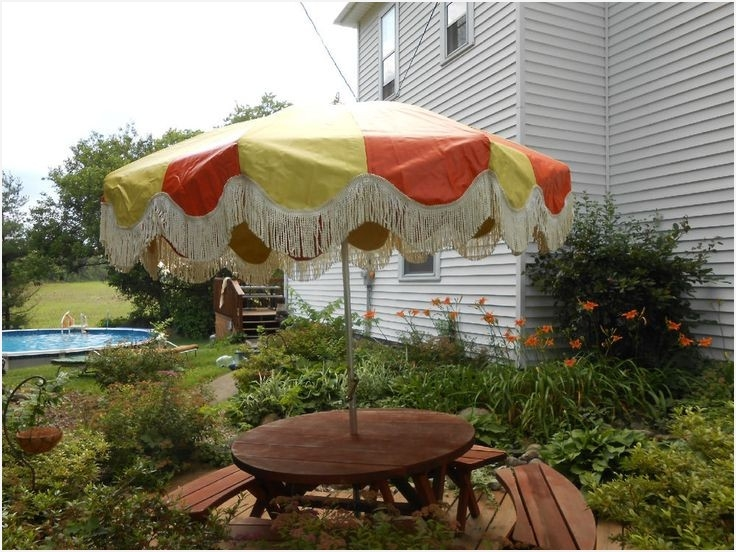 Vintage Patio Umbrellas For Sale Inside Newest Vintage Patio Umbrella For Sale » Elysee Magazine (View 13 of 15)