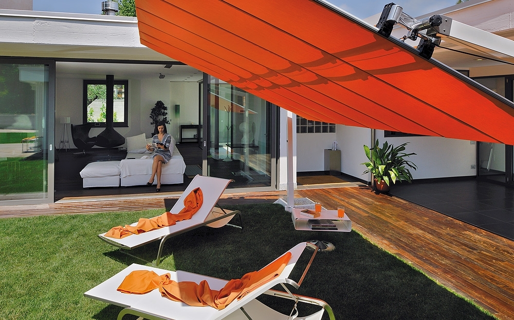 Well Known Modern Patio Outdoor With Adjustable Rectangular Standing Umbrella Regarding Red Sunbrella Patio Umbrellas (View 15 of 15)