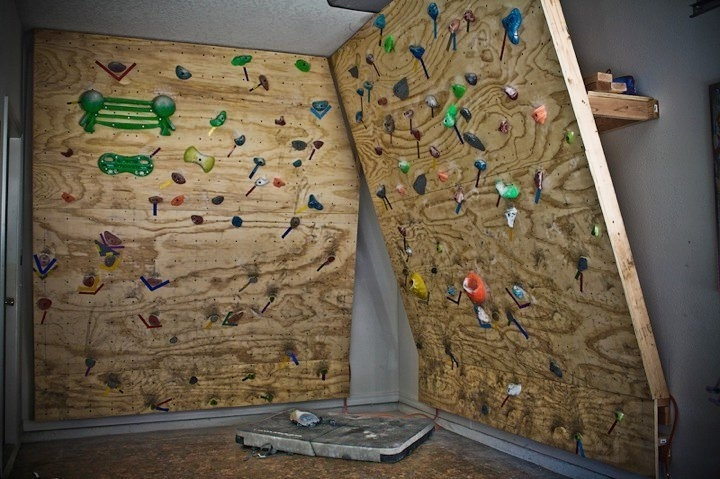 Fashionable Home Bouldering Wall Design Regarding Wondrous Design Home Rock Climbing Wall Designing How To Build A (View 14 of 15)