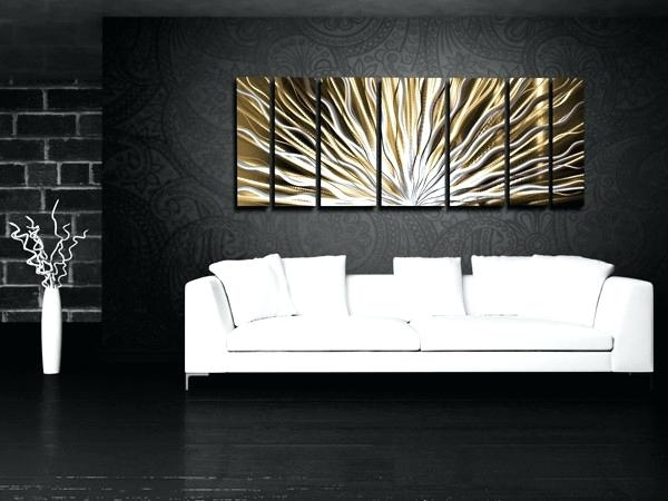 Featured Photo of Horizontal Metal Wall Art