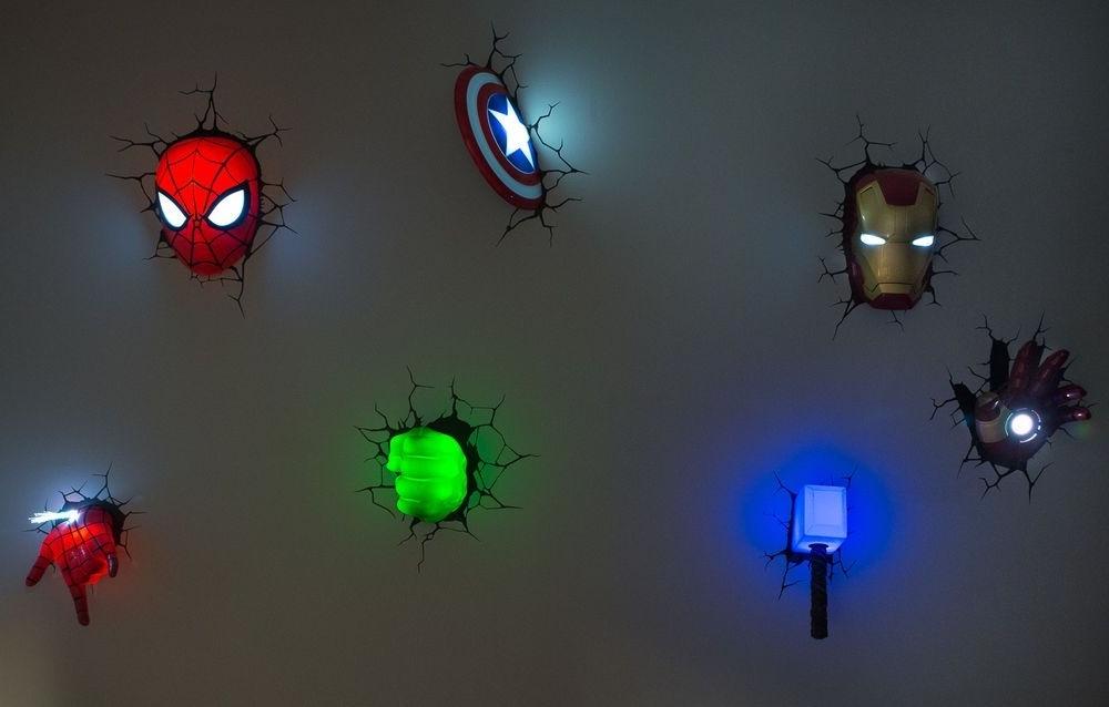 Marvel 3D Wall Art Night Lights Bundle Iron Man Hulk Spiderman Within Most Current 3D Wall Art Captain America Night Light (View 10 of 15)