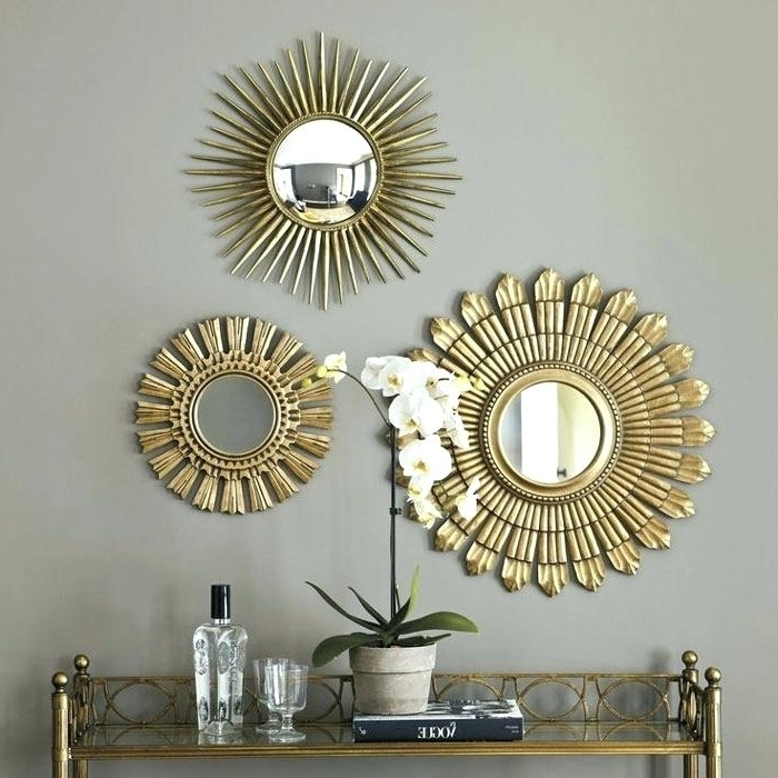 Round Mirror Sets Small Round Mirror Sets Round Mirror Wall Art Regarding Most Up To Date Small Round Mirrors Wall Art (View 9 of 15)