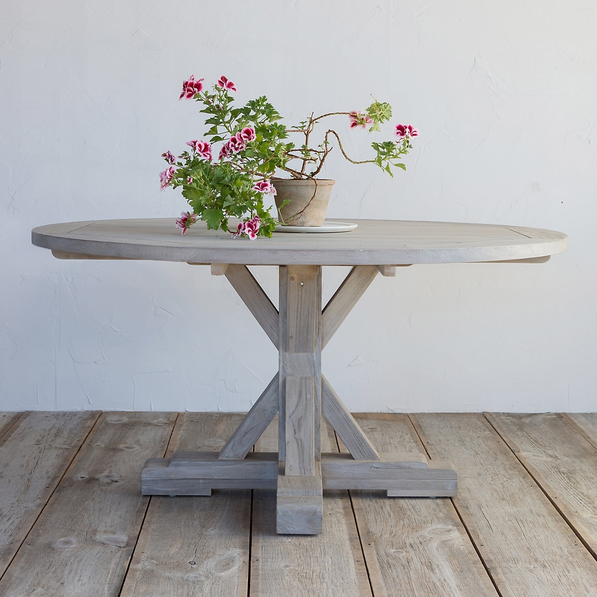 10 Easy Pieces: Round Wooden Dining Tables – Gardenista Within Most Recent Round Teak Dining Tables (View 1 of 25)