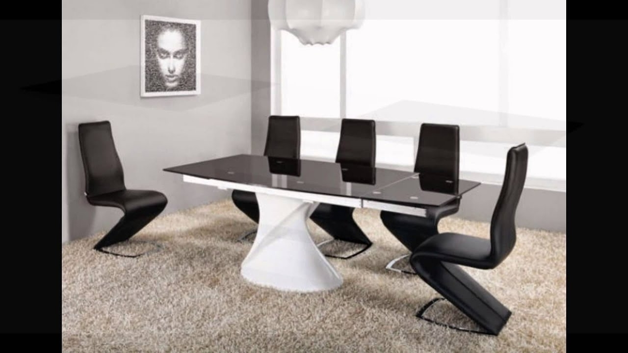 2017 Extending White High Gloss Black Glass Dining Table And 8 Chairs Set Regarding Extending Glass Dining Tables And 8 Chairs (View 3 of 25)