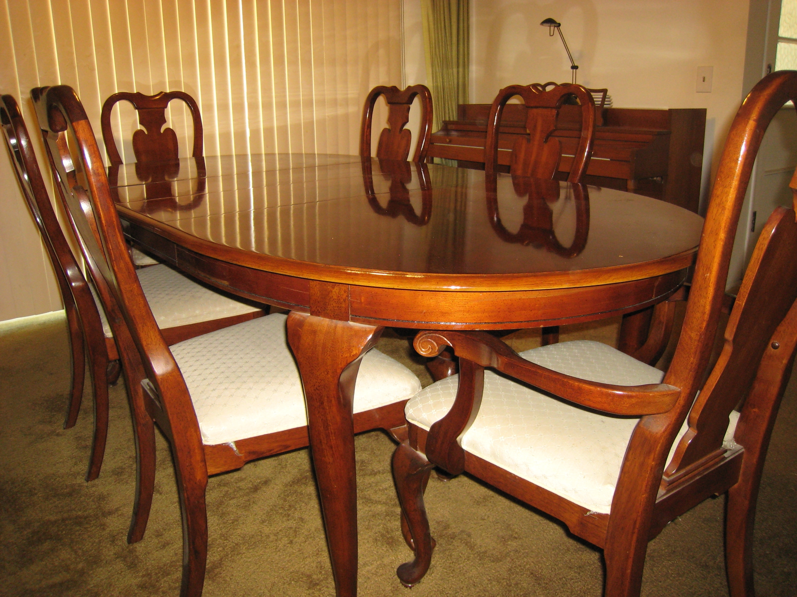 2017 Rich Mahogany Dining Table With Six Mahogany Chairs And Matching Throughout Mahogany Dining Tables And 4 Chairs (Gallery 3 of 25)