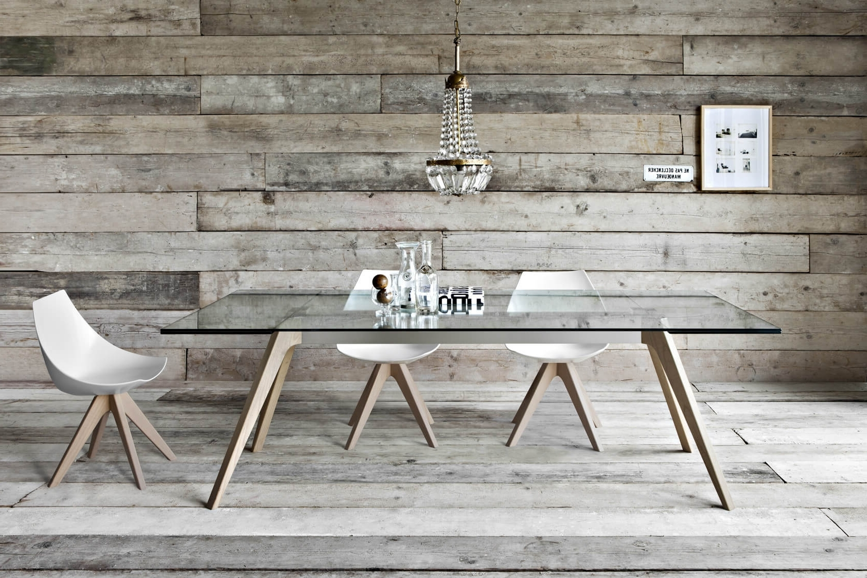 2018 Dining Tables With Large Legs Pertaining To 29 Types Of Dining Room Tables (Extensive Buying Guide) (View 8 of 25)