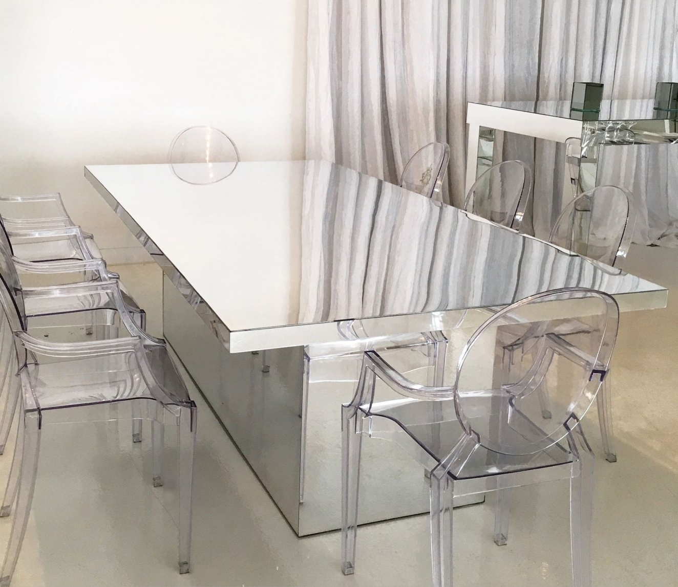 2018 Furniture: Graceful Mirrored Dining Table For Perfect Dining Room intended for Mirrored Dining Tables