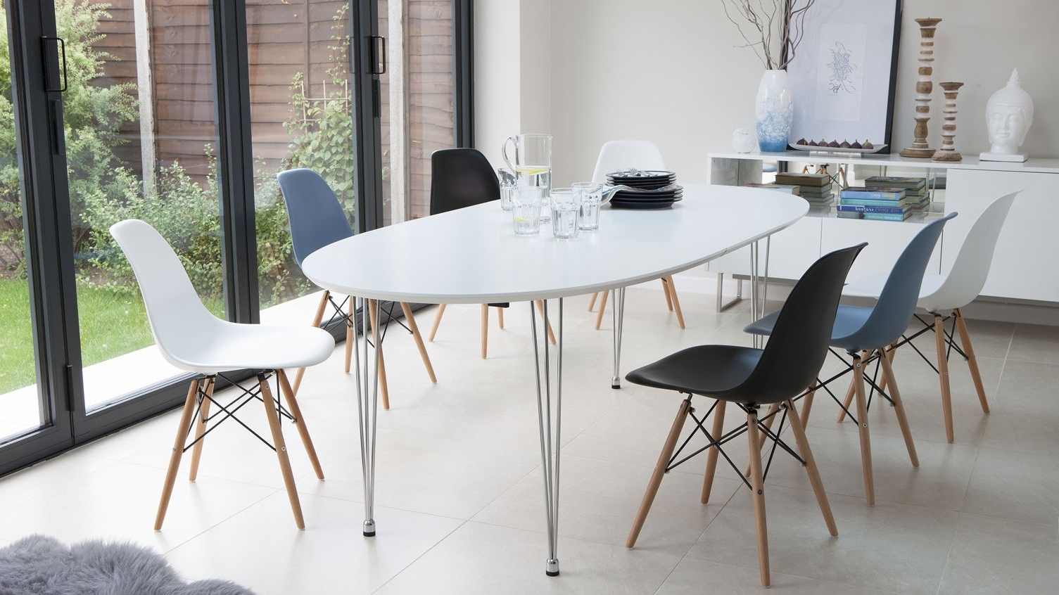 2018 The Durham Modern White Lacquer Extendable Dining Table with regard to Contemporary Extending Dining Tables