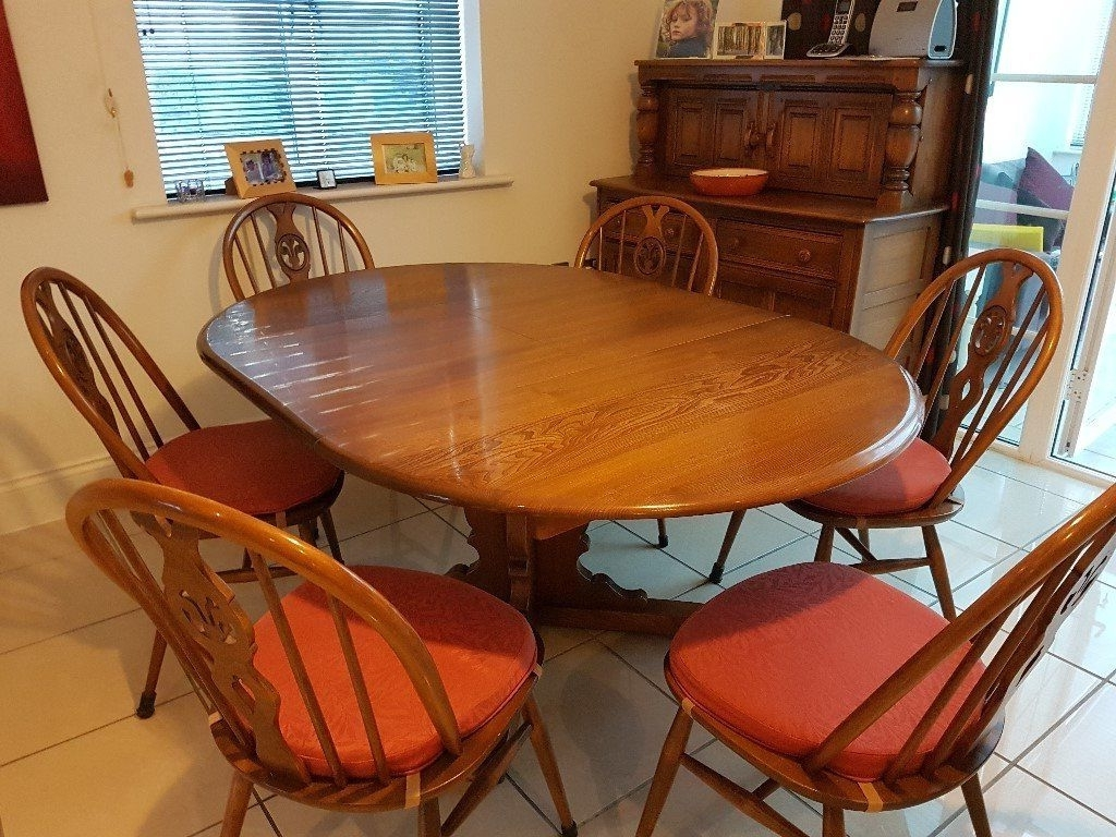 2018 Vintage Ercol Circular Extending Dining Table And Six Chairs