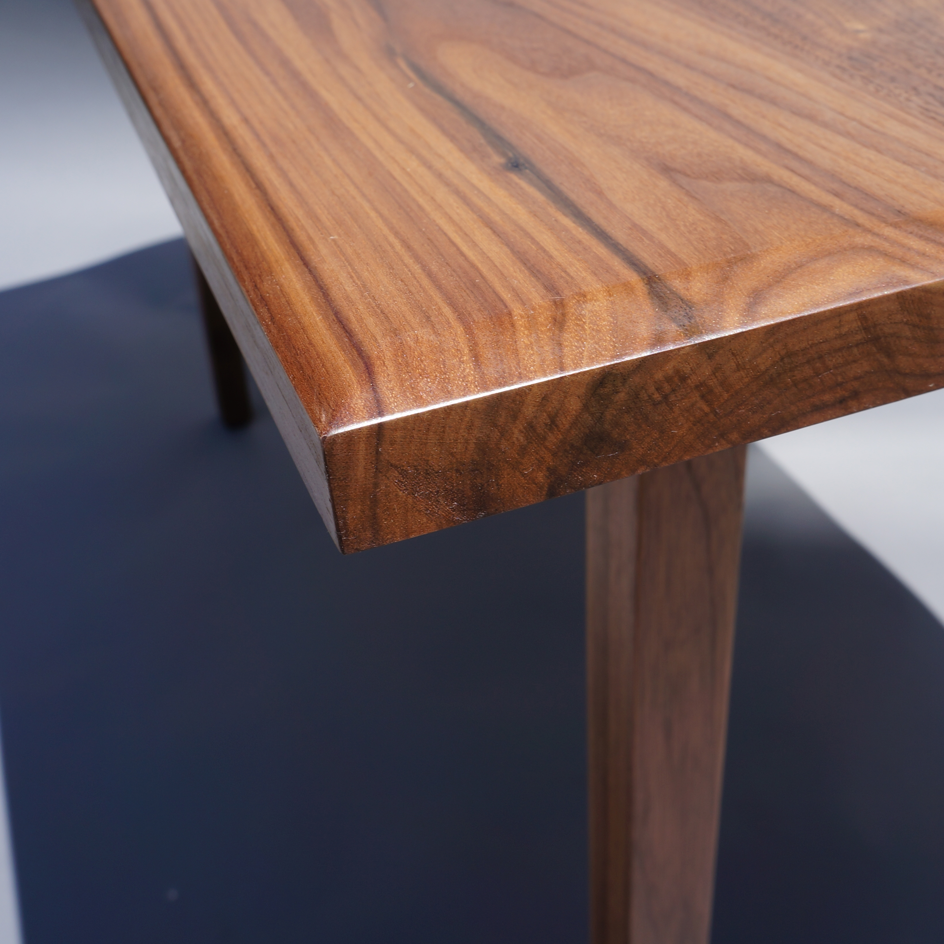 2018 Walnut Dining Tables For Walnut Dining Table – Tangible Creative (View 14 of 25)