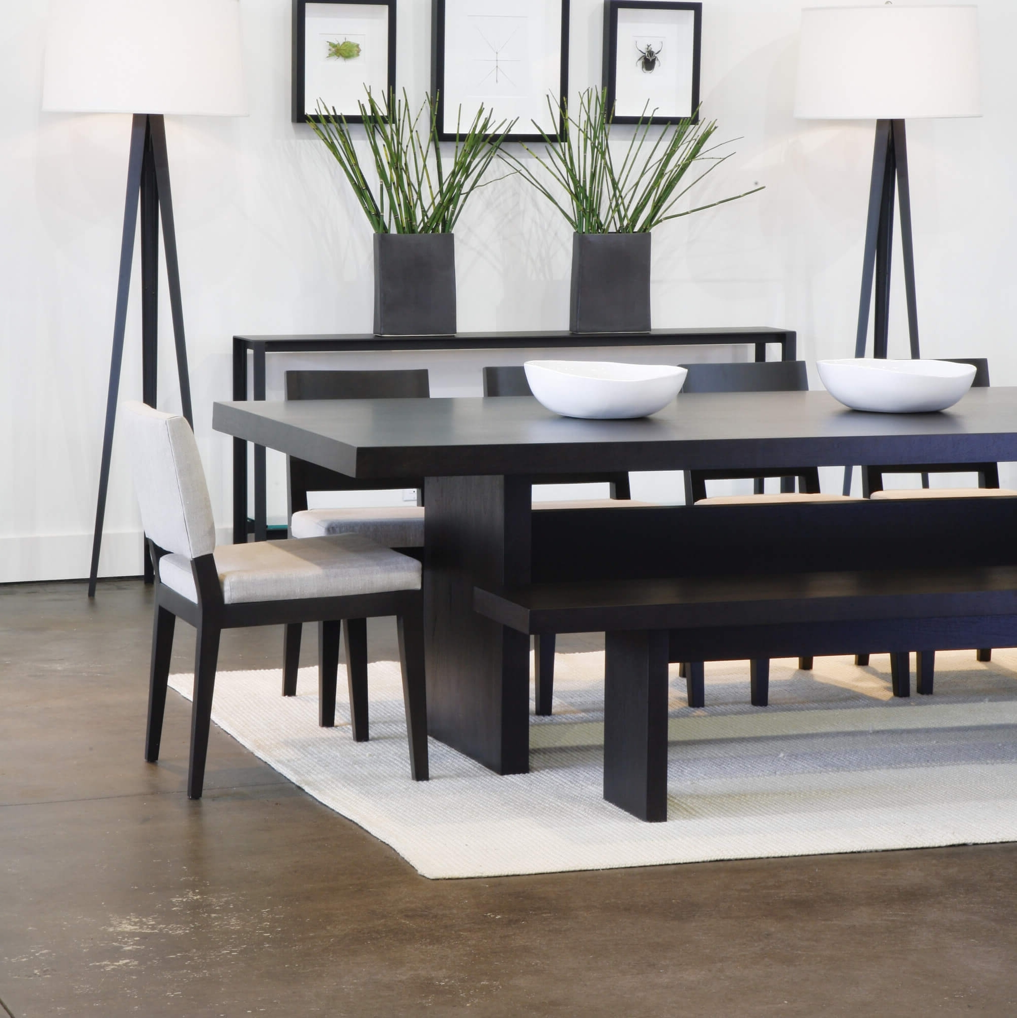 26 Dining Room Sets (Big And Small) With Bench Seating (2018) Throughout Widely Used Contemporary Dining Tables Sets (View 11 of 25)