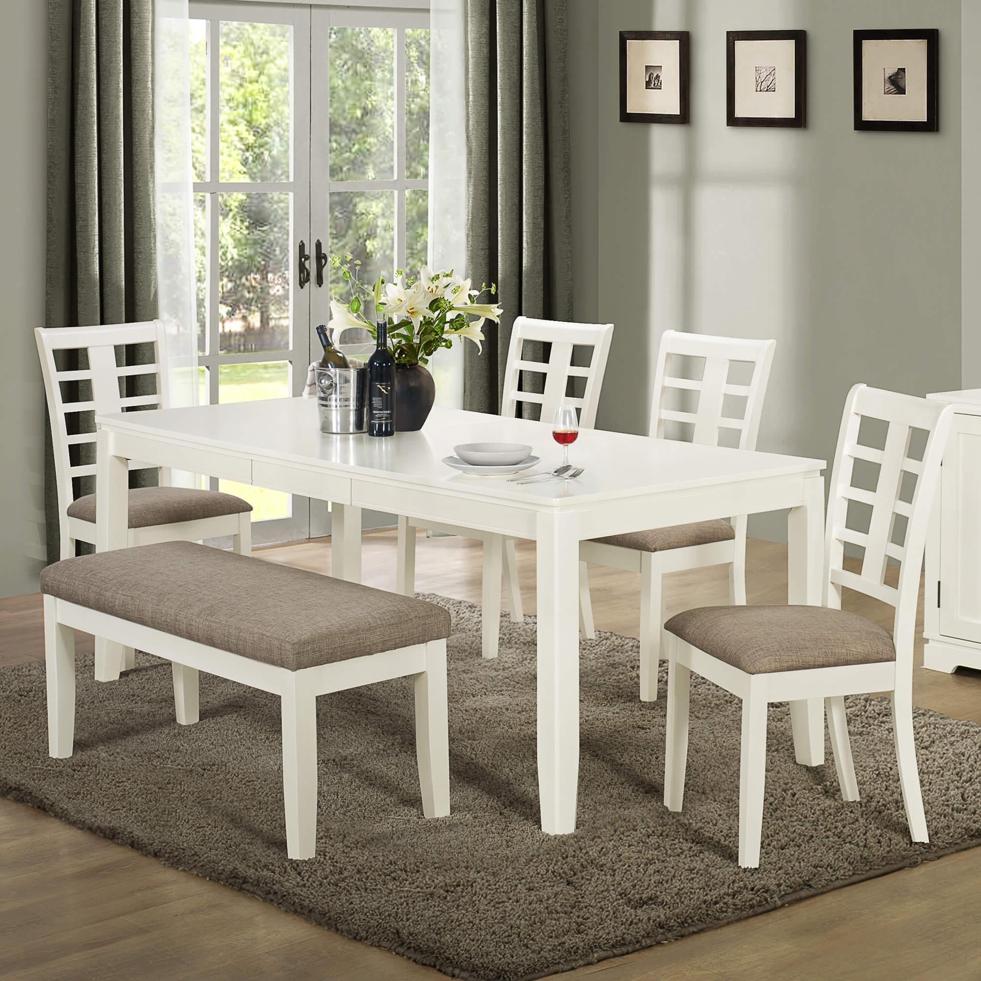 26 Dining Room Sets (Big And Small) With Bench Seating (2018) With Well Liked Craftsman 5 Piece Round Dining Sets With Uph Side Chairs (View 14 of 25)