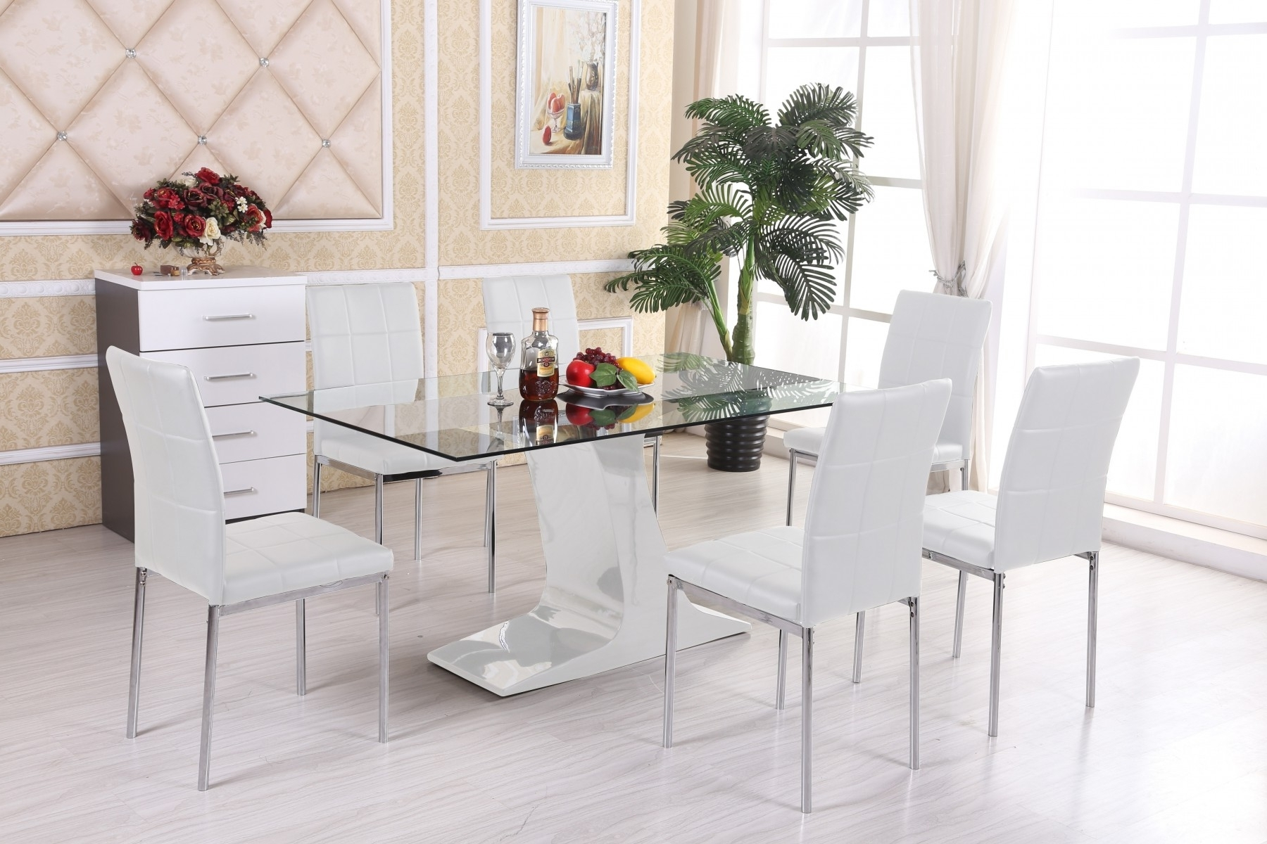 4 Optimal Choices In Glass Dining Table And Chairs – Blogbeen With Most Up To Date Glass Dining Tables 6 Chairs (Gallery 7 of 25)