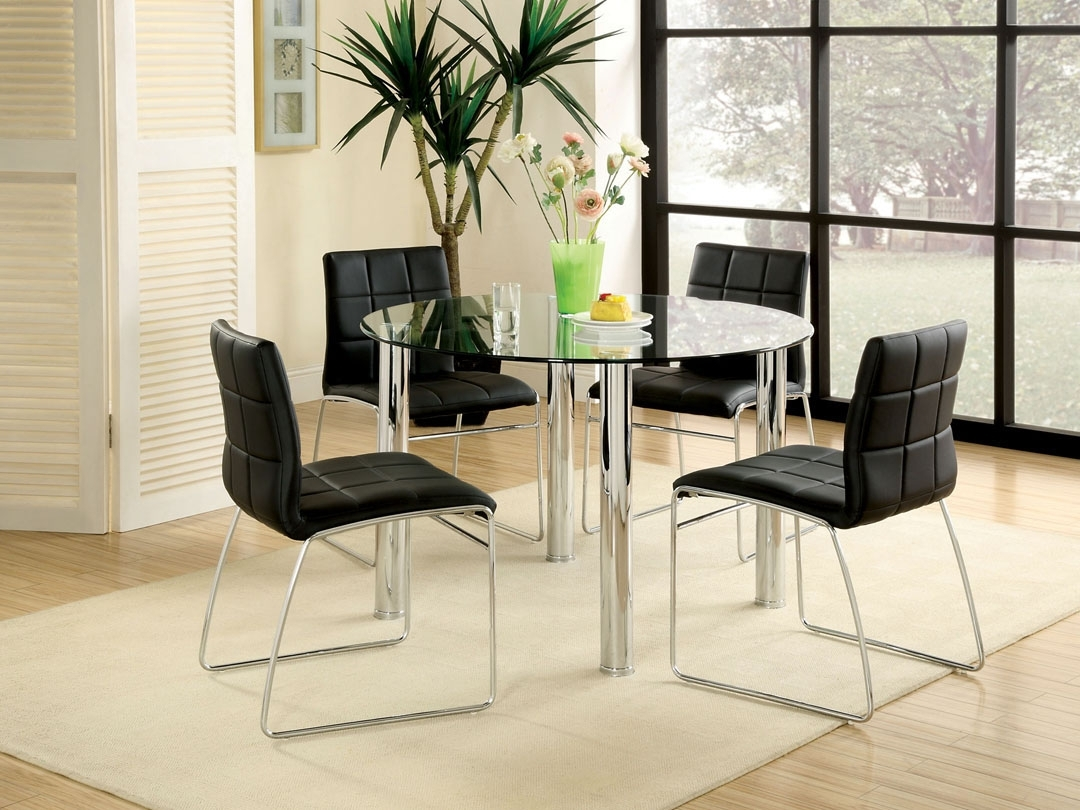 All Glass Dining Table – Luxurious Set For Perfect Dinner (View 3 of 25)