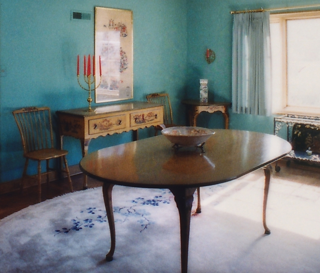 Antique Chinoiserie Hand Painted Oval Dining Table With Cabriole Legs – Within Latest Painted Dining Tables (Gallery 12 of 25)