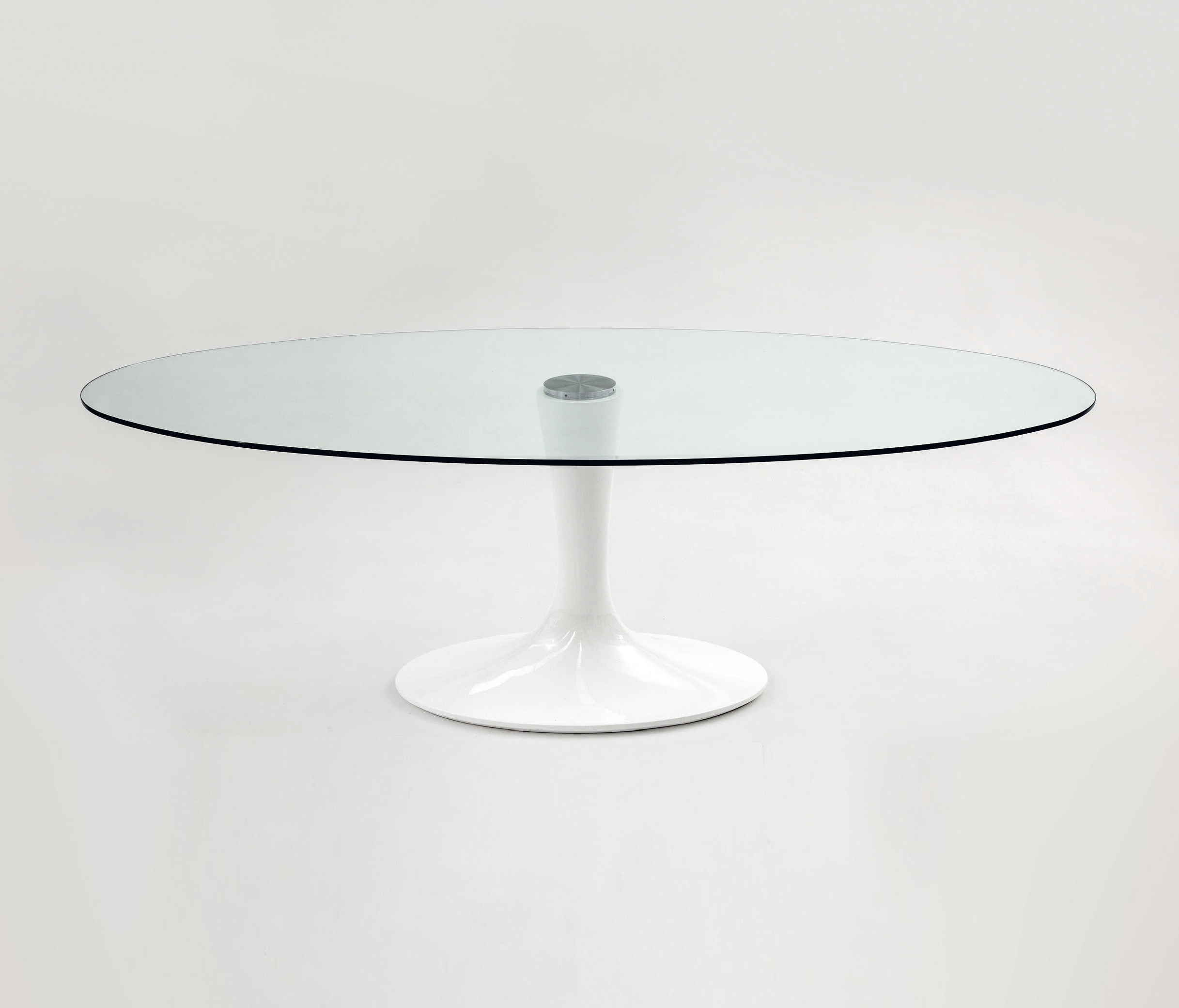 Architonic Pertaining To 2018 Imperial Dining Tables (View 3 of 25)