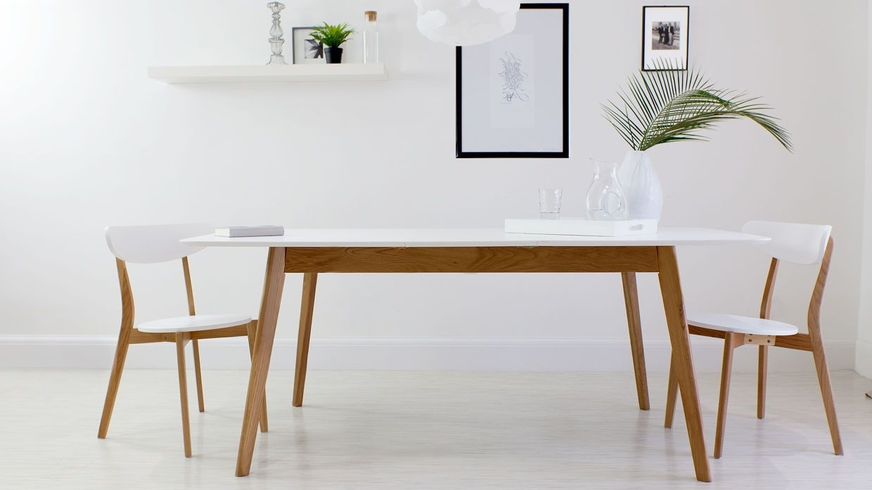 Aver Oak And White Extending Dining Table (View 15 of 25)