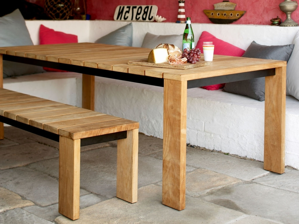 Best And Newest Amos Extension Dining Tables Within Outdoor Dining Tables Designed For Entertaining – Eco Outdoor (View 13 of 25)