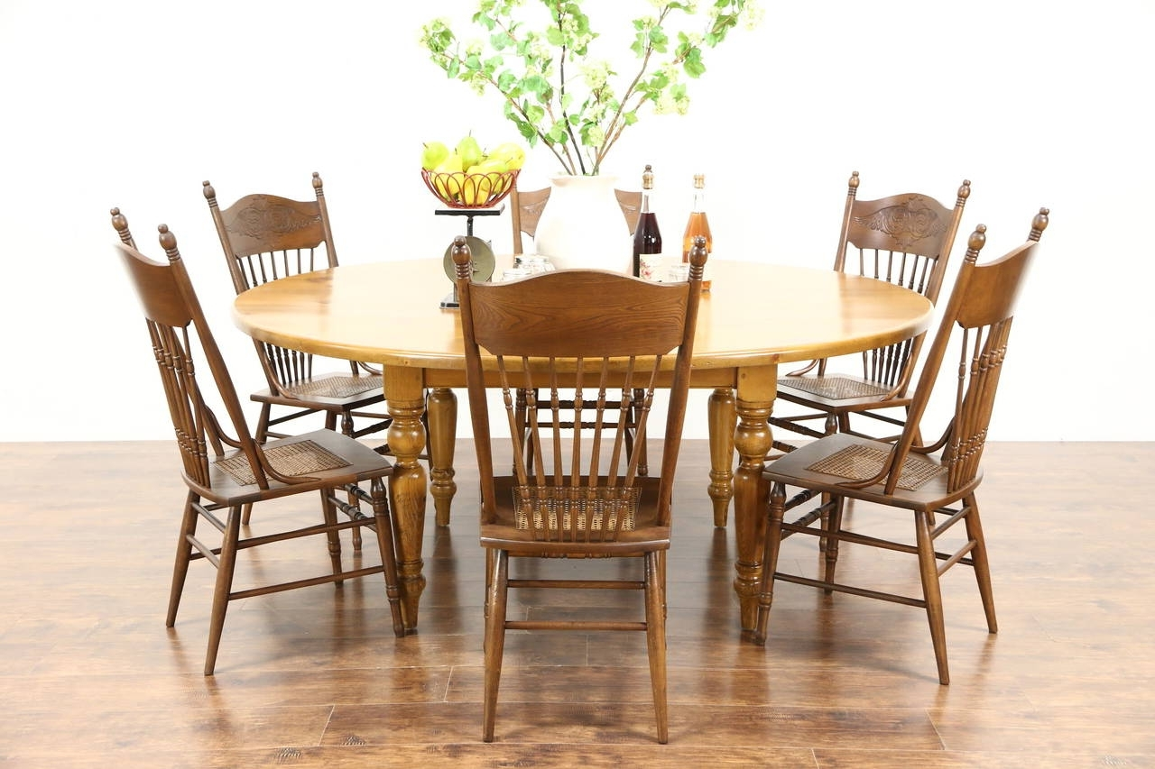 Best And Newest Country Pine 6' Round Antique French Farmhouse Dining Table (View 5 of 25)