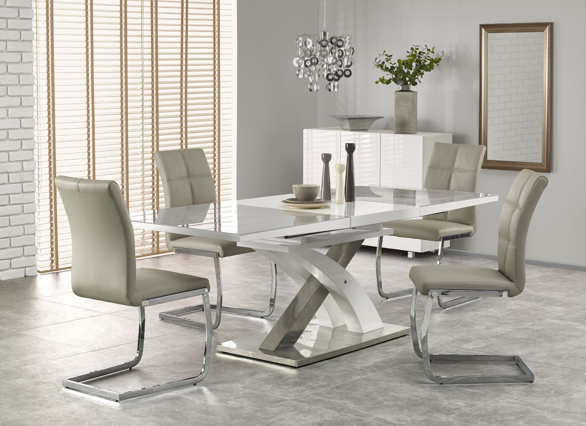 Best And Newest Grey Glass Dining Tables Regarding Harmony White High Gloss & Grey Glass Extendable Dining Table (Gallery 12 of 25)