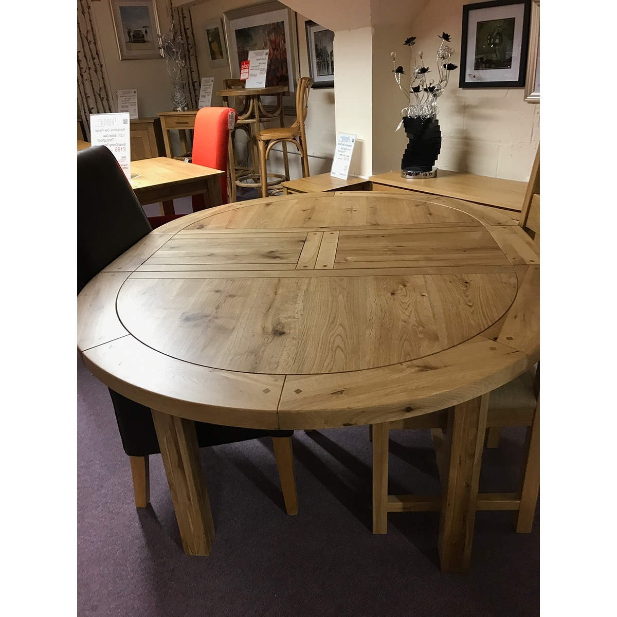 Best And Newest Small Round Extending Dining Tables With Fresno Small Round Extending Dining Table – Furniture And Mirror (View 3 of 25)