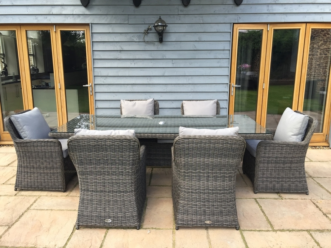 Best And Newest Wicker And Glass Dining Tables Regarding Simple Backyard Idea With Rattan Dining Set Also Table With Glass (View 4 of 25)