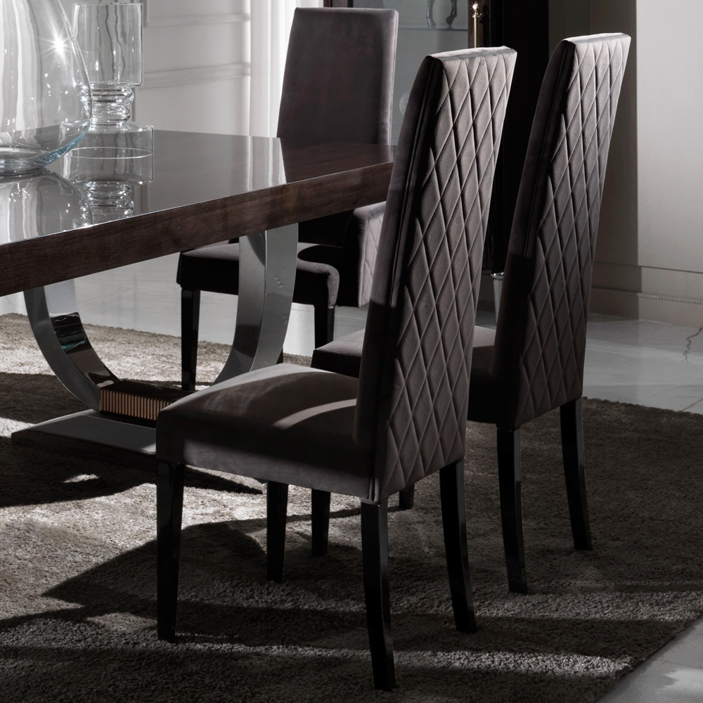 Black Extendable Dining Tables Sets Intended For Fashionable Large Modern Italian Veneered Extendable Dining Table Set (View 23 of 25)