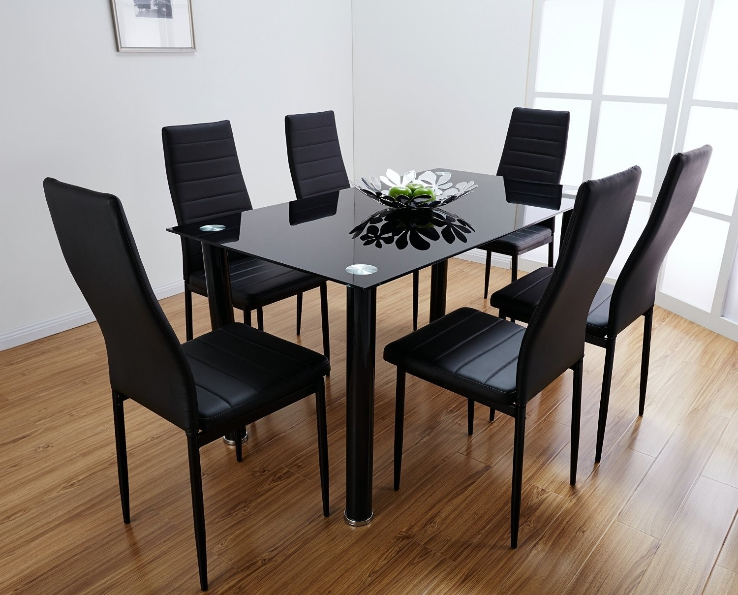 Black Glass Dining Table Decorating Ideas With 4 Chairs – Home Decor Regarding Popular Black Glass Dining Tables (Gallery 6 of 25)