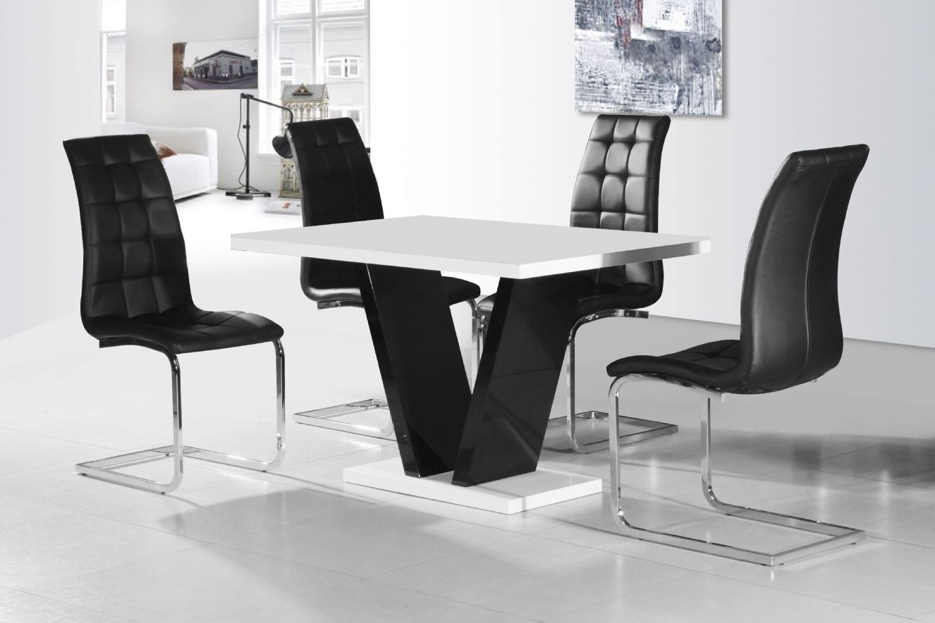 Black Gloss Dining Furniture Regarding Well Known Vico White Black Gloss Contemporary Designer 120Cm Dining Table Only (Gallery 6 of 25)