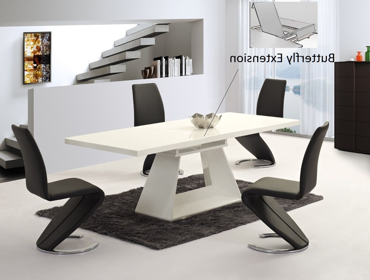 Black Gloss Dining Tables And Chairs With Famous Ga Silvano Extending White Gloss 160/220Cm Dining Table & Luciano Chairs (View 21 of 25)