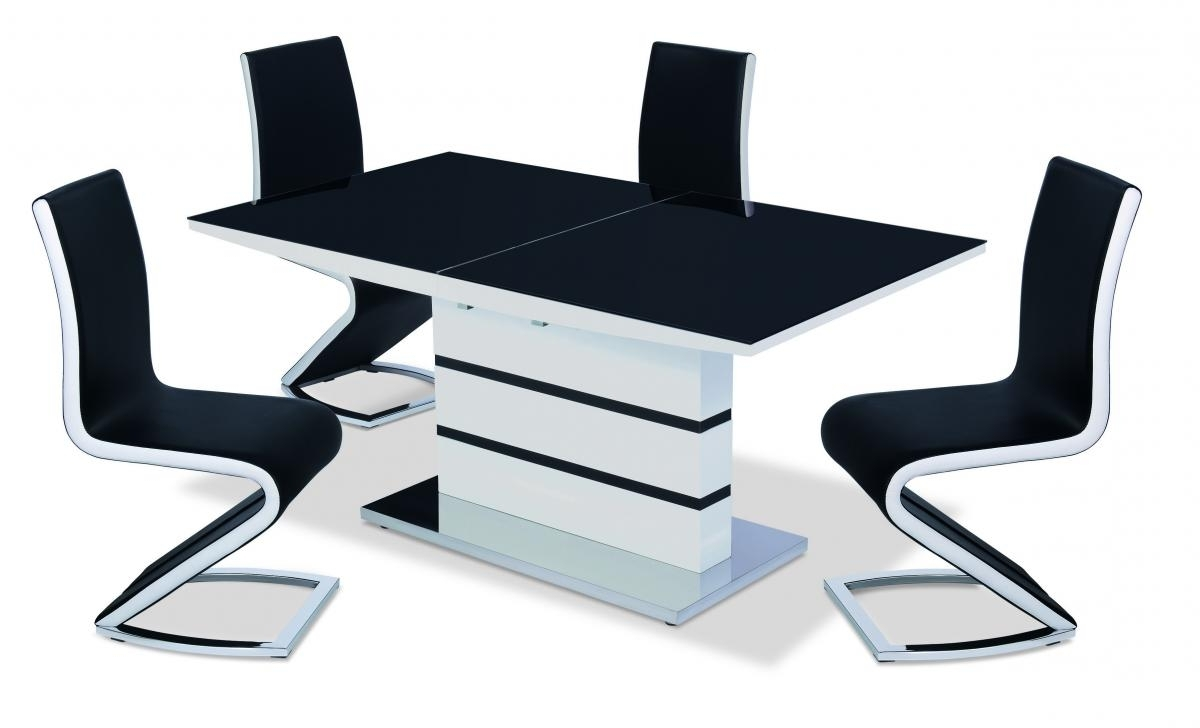 Black High Gloss Dining Tables And Chairs Within Most Recently Released Aldridge Designer High Gloss & Glass Dining Table With Pu Leather (Gallery 25 of 25)