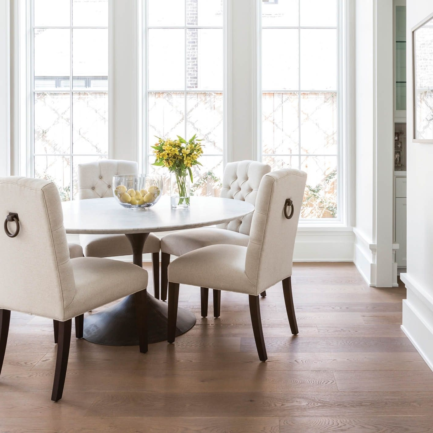 Caden 5 Piece Round Dining Sets With Upholstered Side Chairs Pertaining To Most Recently Released Marie Flanigan Interiors – Citybook Guiding Light – Bright Breakfast (View 3 of 25)