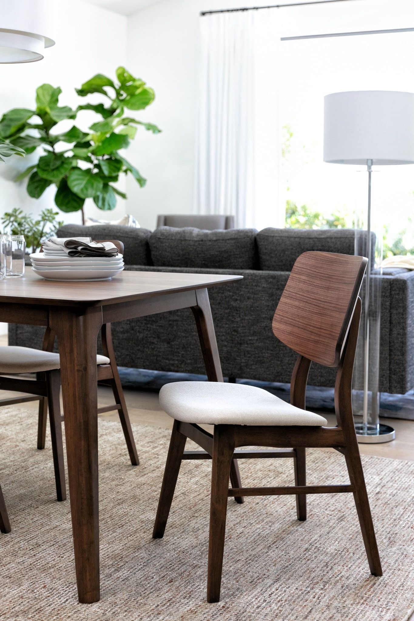 Carly Rectangle Dining Tables Pertaining To Most Up To Date Carly 5 Piece Rectangle Dining Set (View 5 of 25)