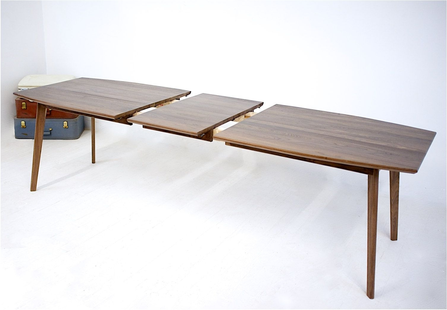 Chandler Extension Dining Tables With Regard To Recent Astonishing Surprising Extending Pedestal Table 27 Modern Extension (View 20 of 25)