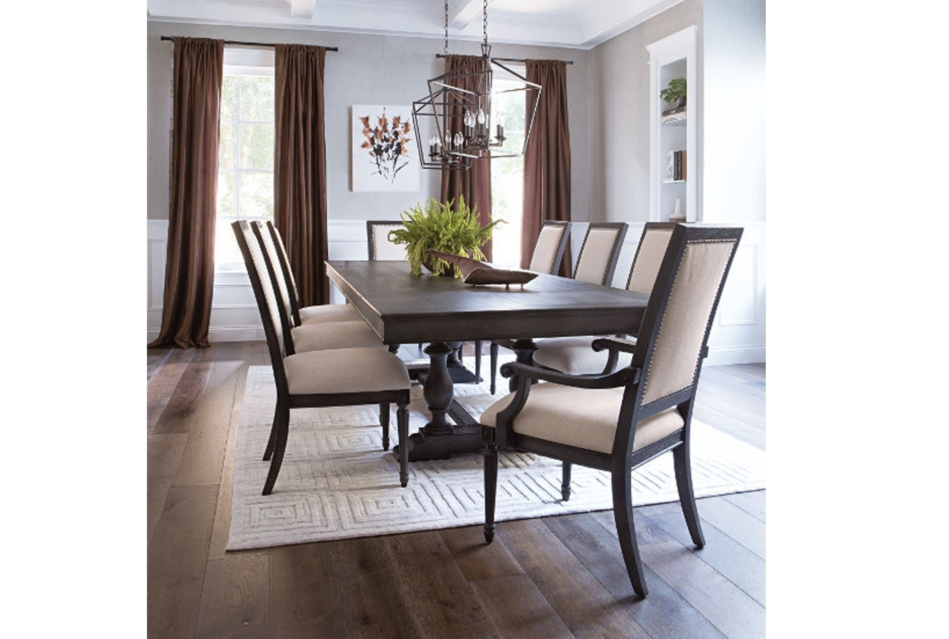 Chapleau Ii 7 Piece Extension Dining Table Sets Pertaining To Fashionable Chapleau 9 Piece Extension Dining Set, Off White (View 4 of 25)