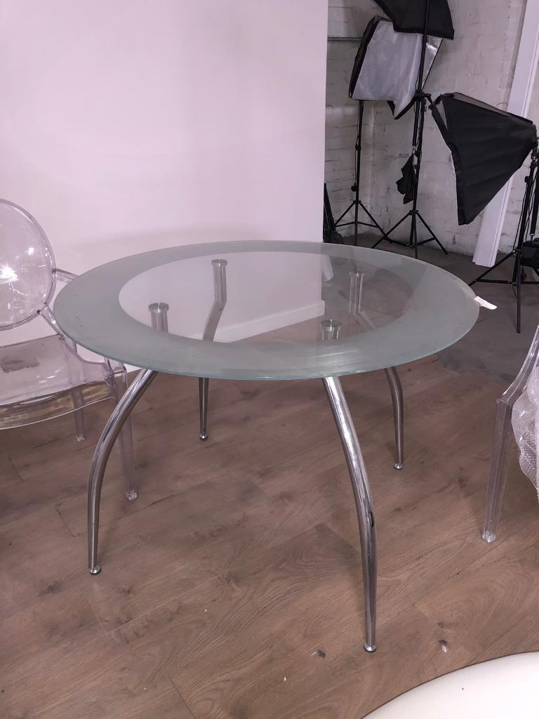 Cheap Dining Tables Throughout Latest 20 Available Circle Modern Chic Round Glass Chrome Dining Table (View 11 of 25)