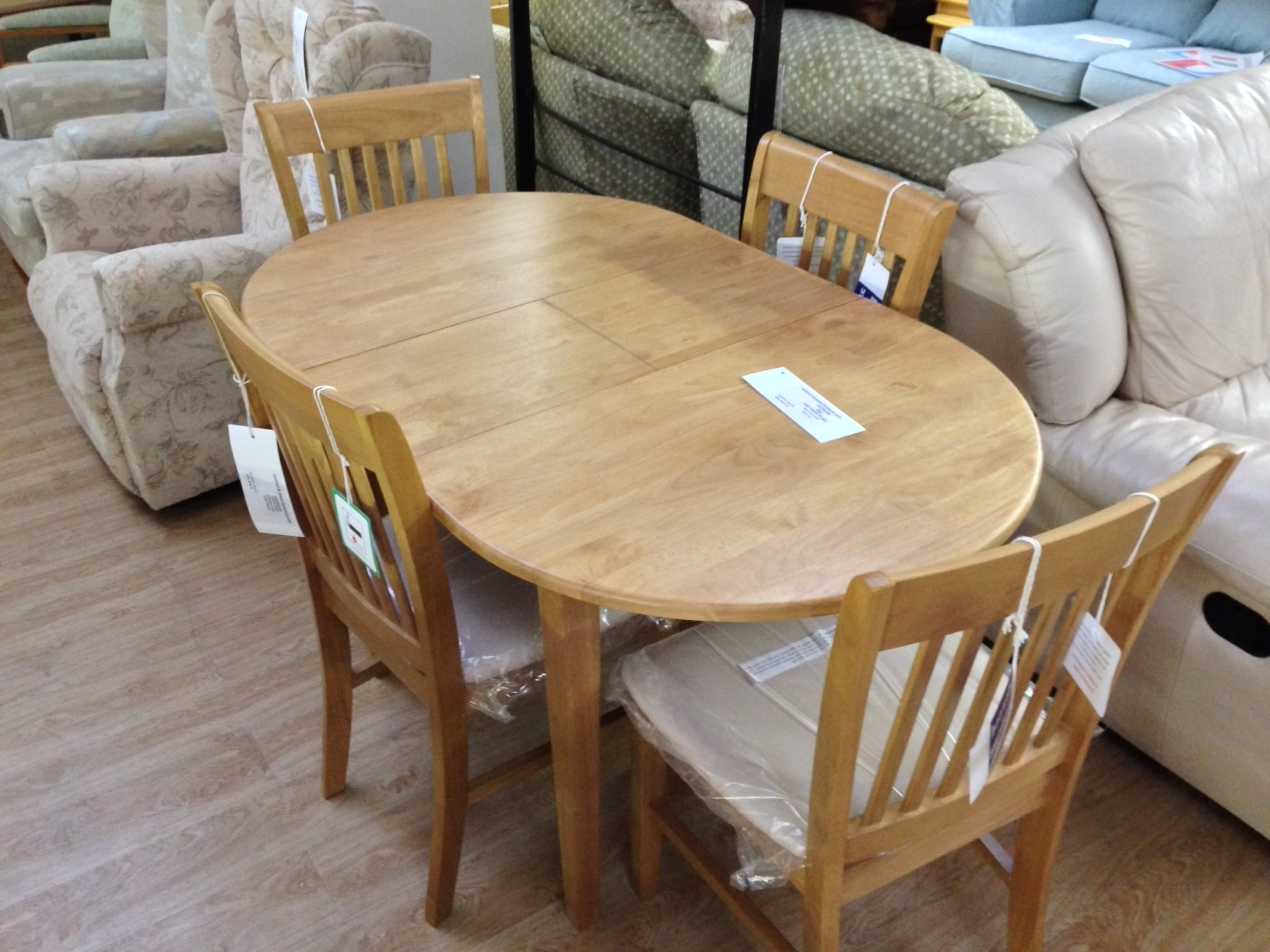 Class Wooden Extending Dining Table And Chairs Oval Shape Cheap Pertaining To Trendy Oval Extending Dining Tables And Chairs (View 4 of 25)