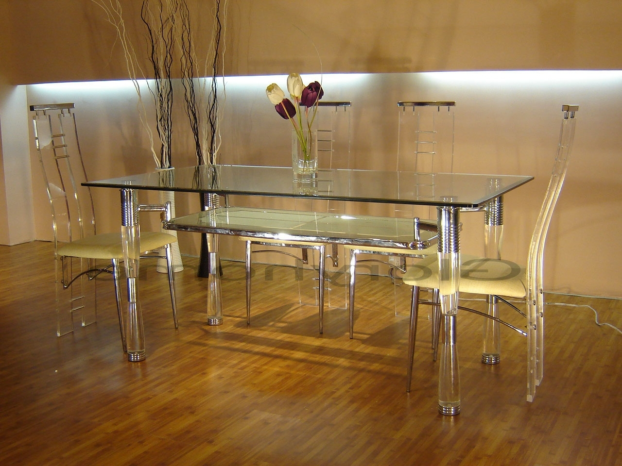 Clear Glass Dining Tables And Chairs In Fashionable Acrylic Furnitures Style That Comes With Comfort (View 13 of 25)