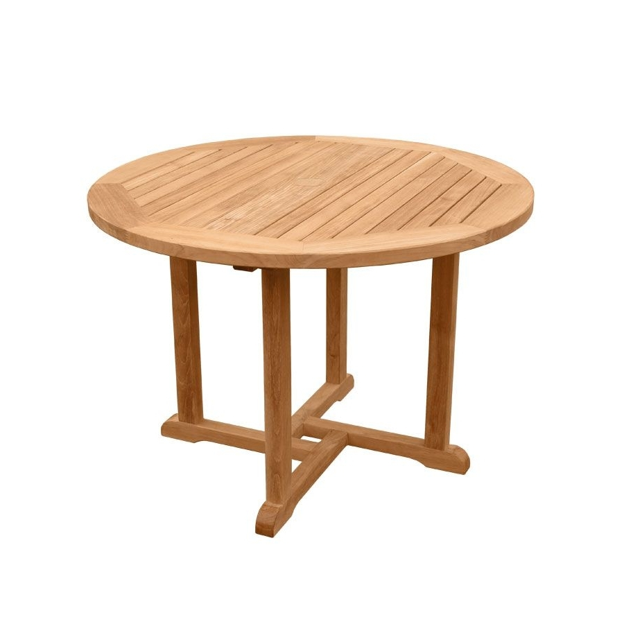 Country Casual For Helms Round Dining Tables (View 18 of 25)