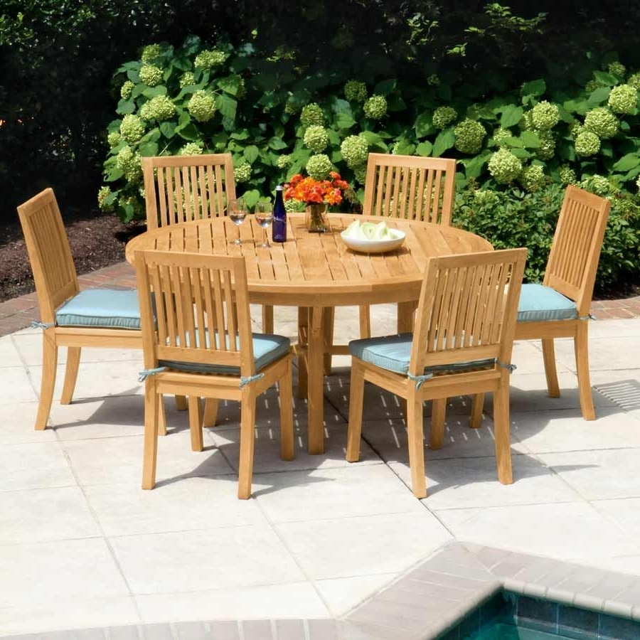 Country Casual Pertaining To Helms Round Dining Tables (View 19 of 25)