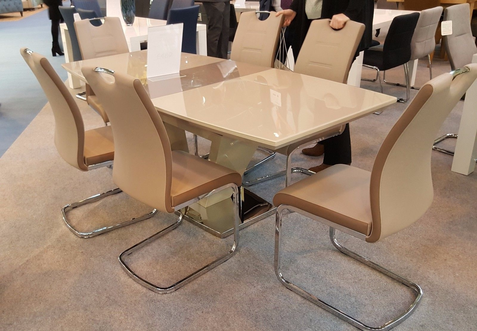 Cream Gloss Dining Tables And Chairs With Regard To Well Liked New Aspen Cream/latte High Gloss/glass 160 200Cm Ext Dining Table + (Gallery 20 of 25)