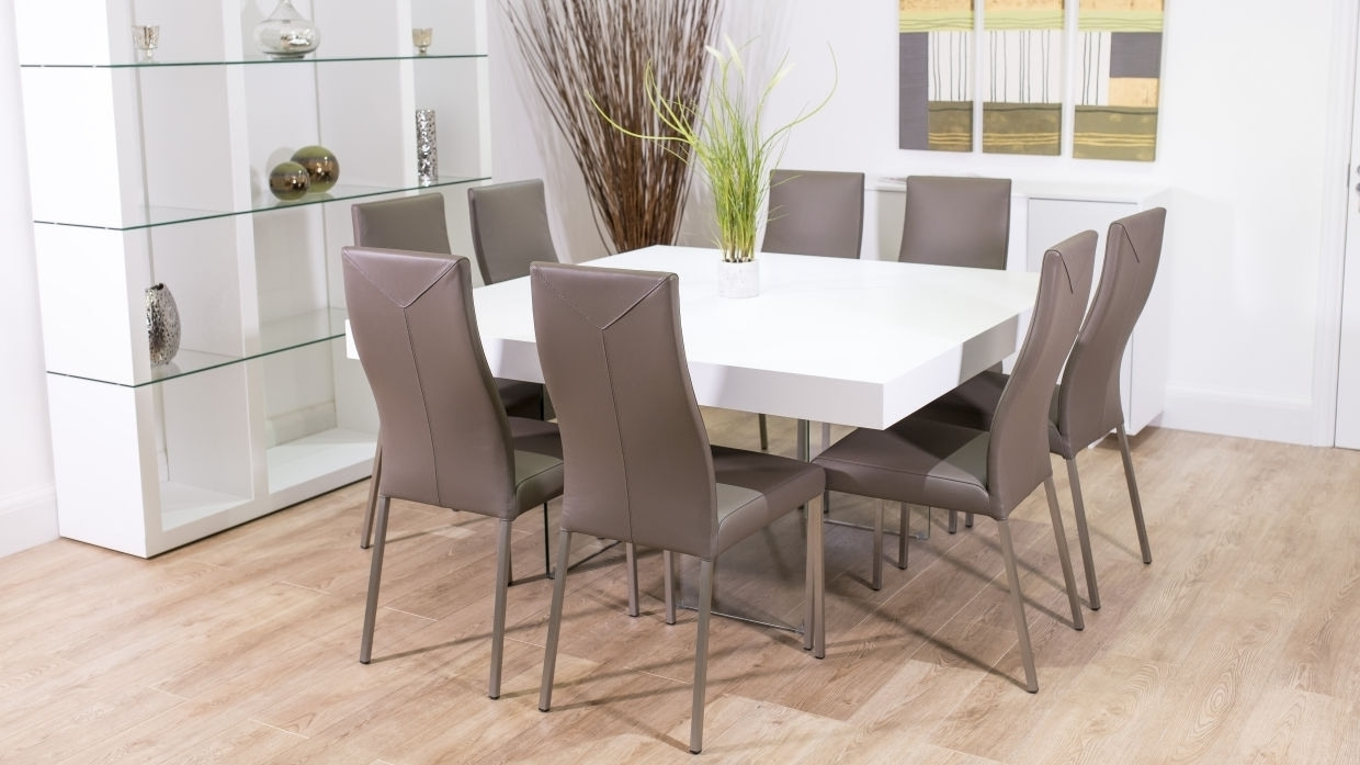 Current Find The Best Luxury 8 Seater Dining Table On A Budget (View 11 of 25)