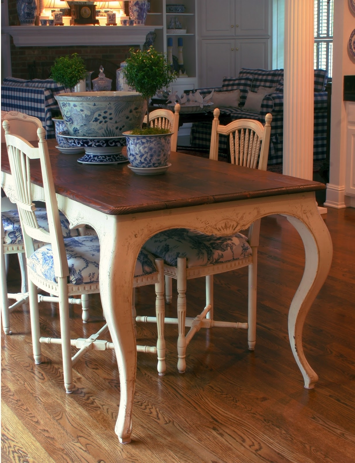 Current French Farmhouse Dining Tables Regarding Inventia Design Custom Furniture : 500 French Provincial Dining (View 9 of 25)
