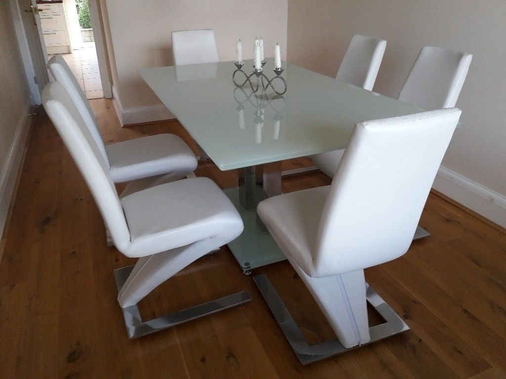 Current Glass And Chrome Dining Tables And Chairs Regarding Beautiful Glass And Chrome Dining Table Plus 6 White Leather And (View 6 of 25)